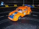 Hier ein Porsche 911 RSR in Orange